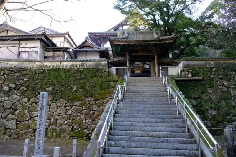 日向妙国寺